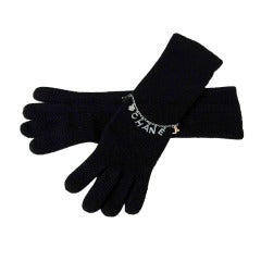 CHANEL Black Cashmere Long Gloves With Charms - Sz. Small