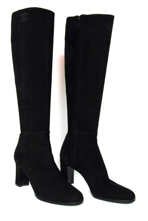 CHANEL Black Suede Stacked Heel Boots - Sz 6.5 4