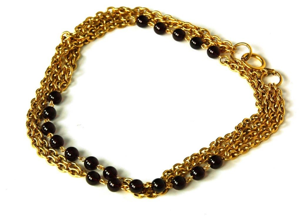 Women's CHANEL Gold Chain Link Necklace W. Red Gripoix Beads c. 1970s/80s For Sale