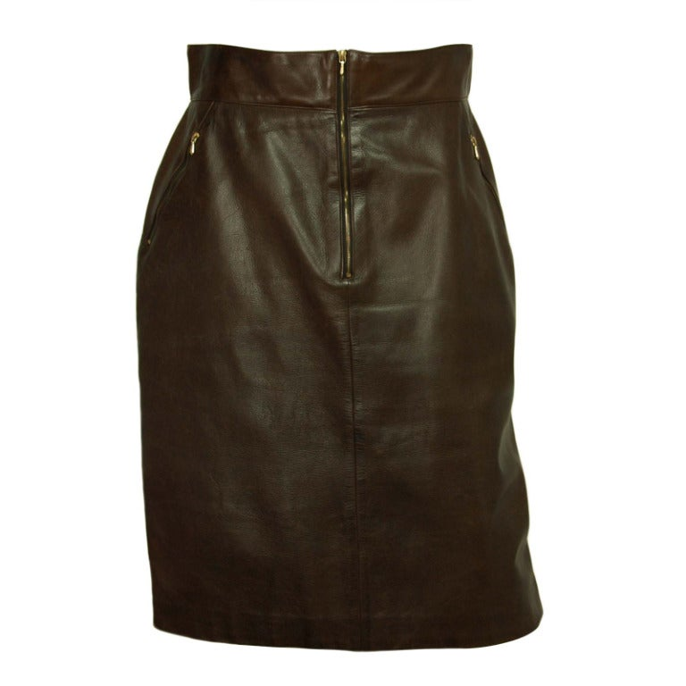 chanel brown leather skirt with buttons at back slit sz