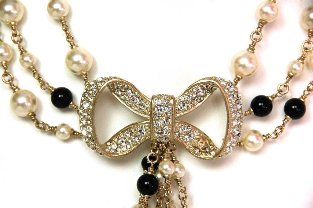 CHANEL NWT Black Bead & White Pearl Multistrand Choker Necklace W. Rhinestone Bow & Dangling Strands c. 2010 5