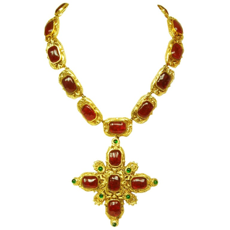 CHANEL Goldtone Necklace With Red and Green Gripoix Medallions c. 1970s/80s 1