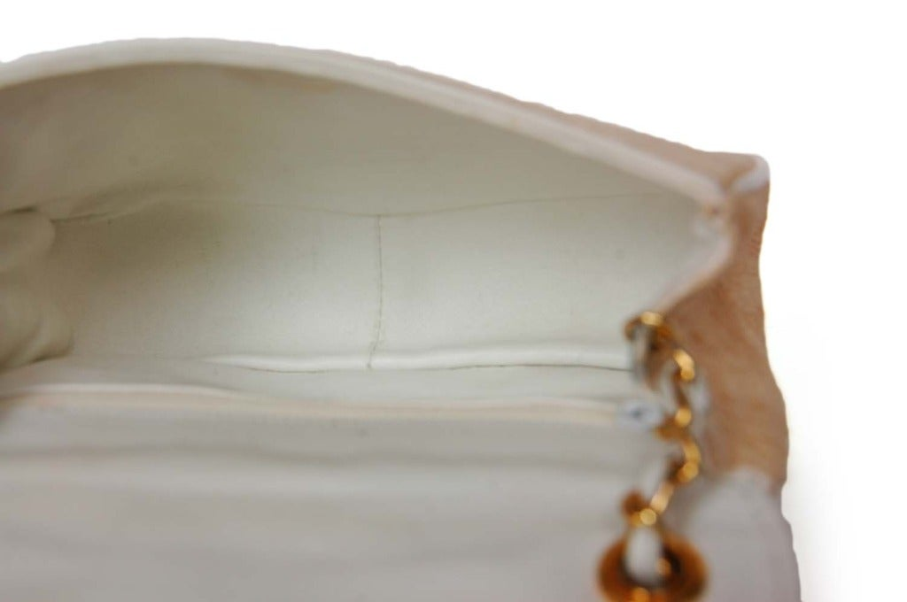 Chanel Vintage '86 Raffia Mini Shoulder Bag w. CC and Chain Strap 3