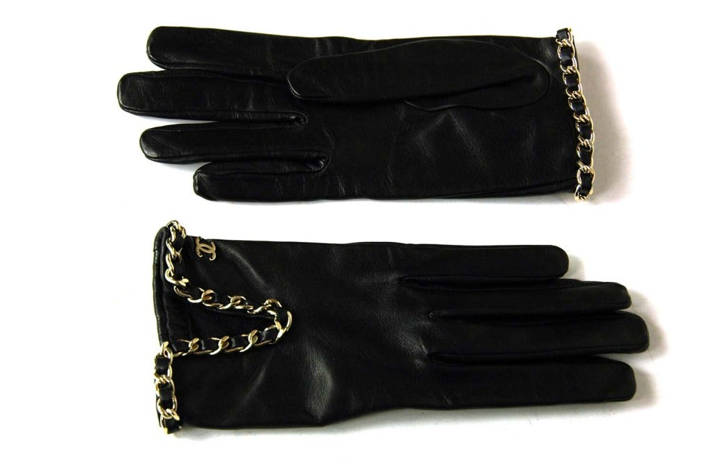 CHANEL Black Leather Gloves With Chain Detail - Sz 7 3