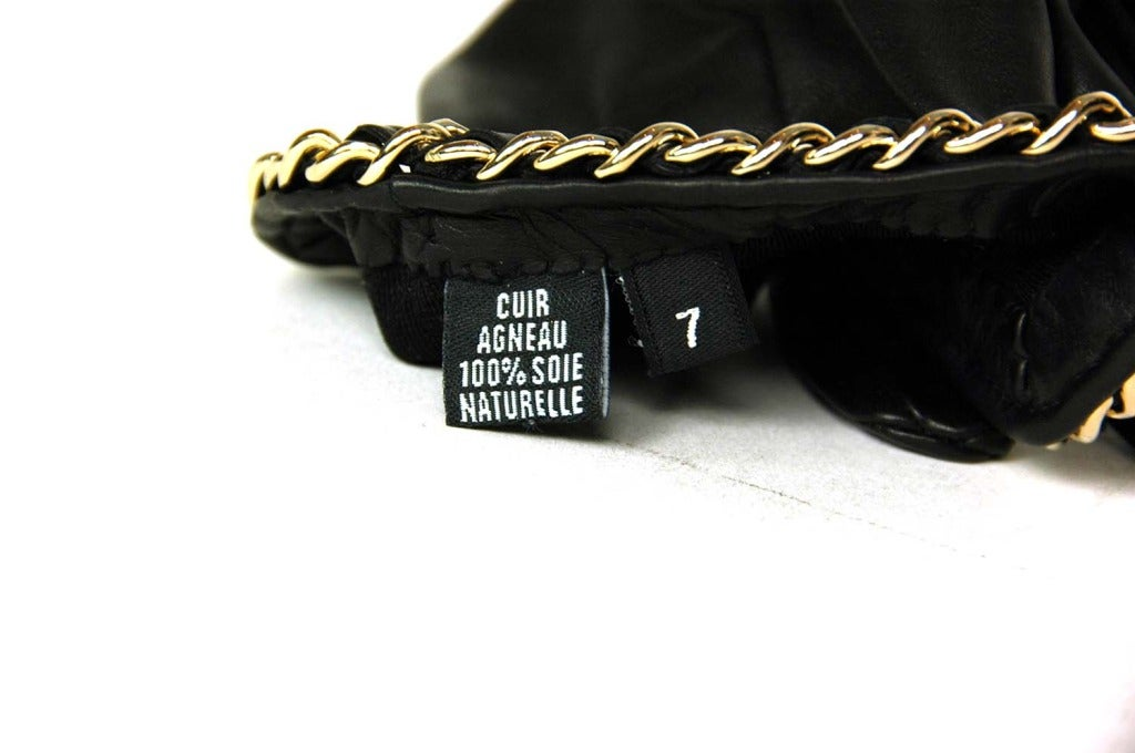 CHANEL Black Leather Gloves With Chain Detail - Sz 7 6