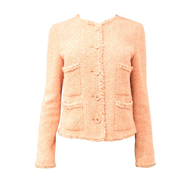 CHANEL 07P PEACH TWEED BOUCLE JACKET W/ BRAIDED TRIM - SZ 42 For Sale