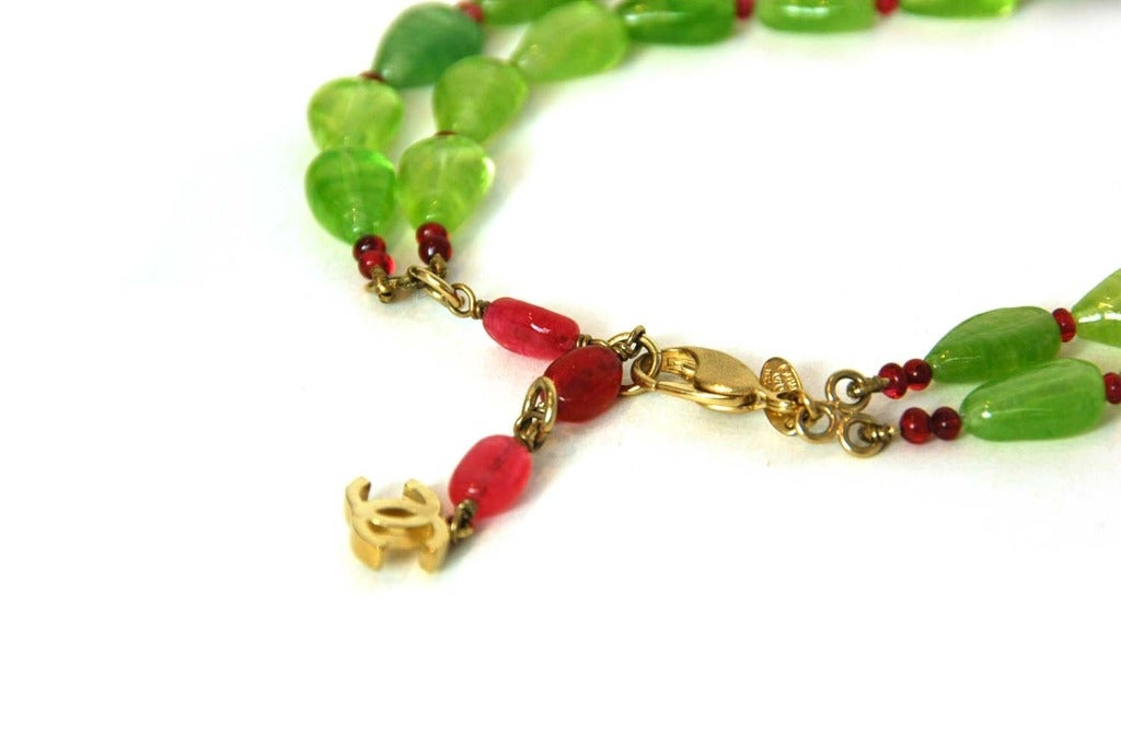 CHANEL Green/Red Two-Strand Necklace W/Glass, Crystals & Faux Pearl Cluster 4