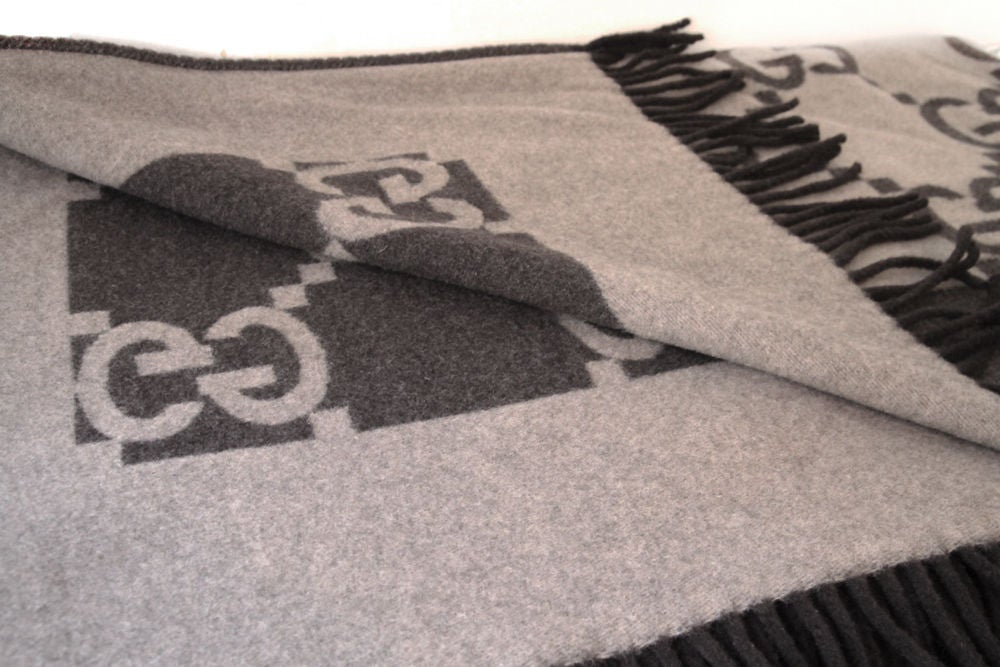 Gucci Brown Beige Monogram Cashmere Throw Blanket At 1stdibs