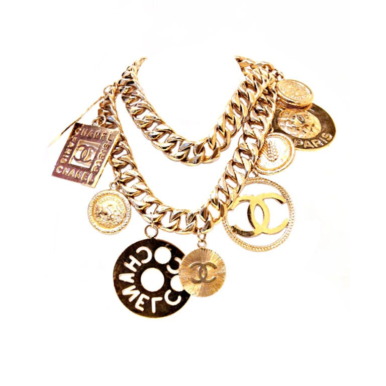 CHANEL GOLTDONE MEDALLION CHAIN BELT / NECKLACE