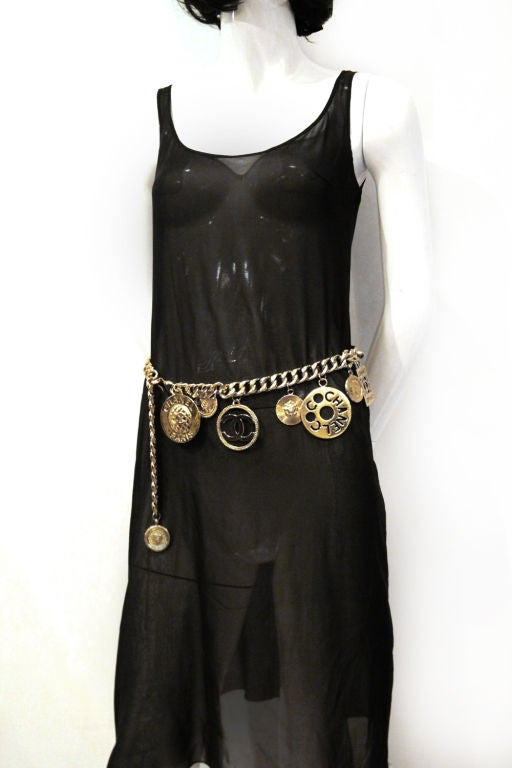 CHANEL GOLTDONE MEDALLION CHAIN BELT / NECKLACE image 6
