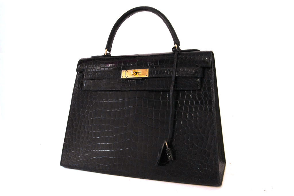HERMES VINTAGE BLACK CROCODILE 32 CM KELLY BAG image 10