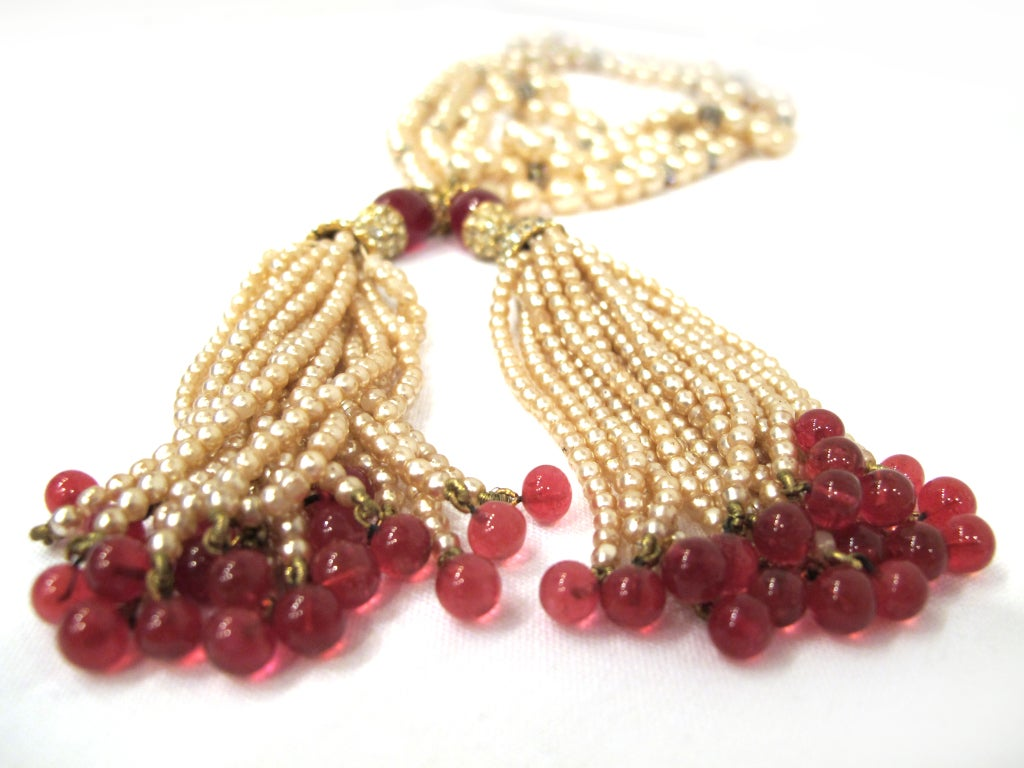 CHANEL necklace with rhinestones and red beads image 3