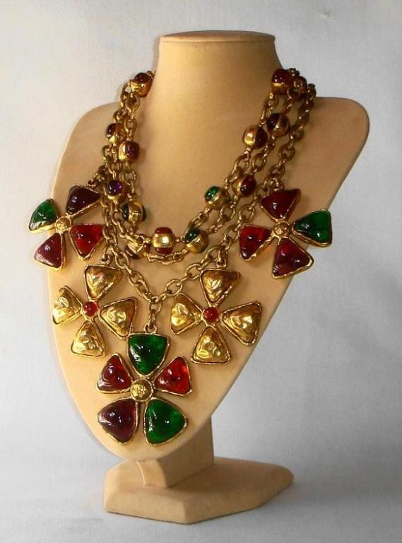 Chanel 70's Gripoix Glass 3-row Maltese Cross Necklace 2