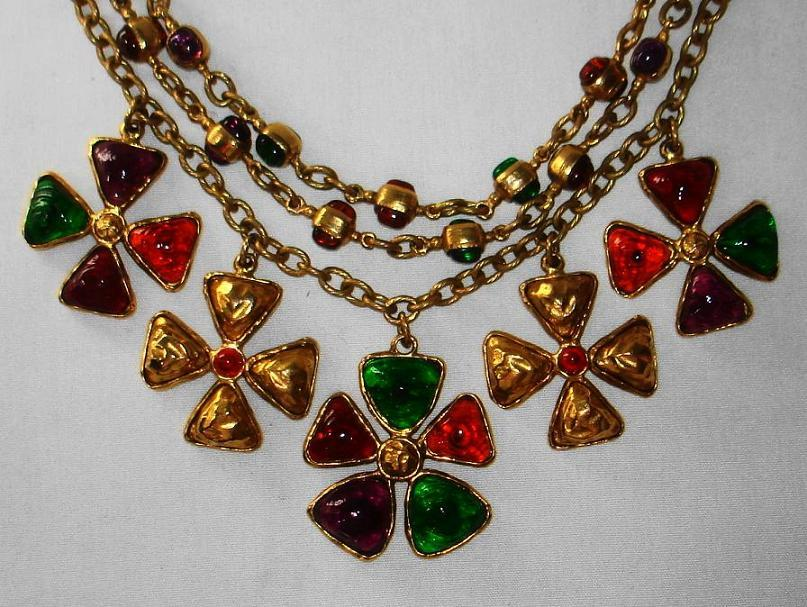 Chanel 70's Gripoix Glass 3-row Maltese Cross Necklace 5