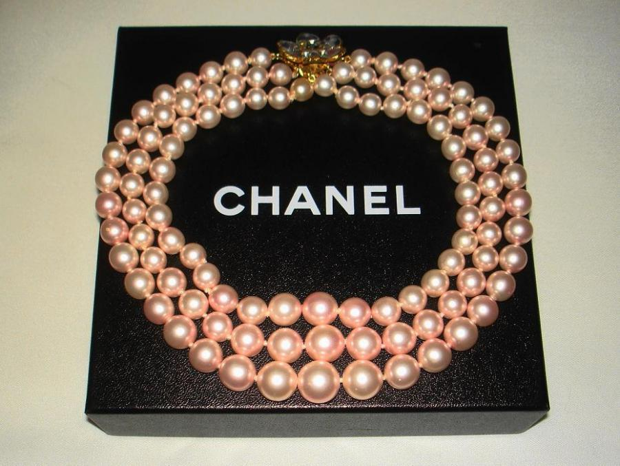 Chanel 3 Row Pink Pearl Camellia Choker Necklace image 10