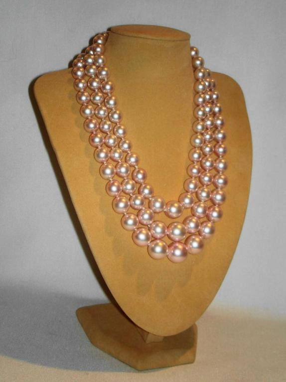 Chanel 3 Row Pink Pearl Camellia Choker Necklace image 2