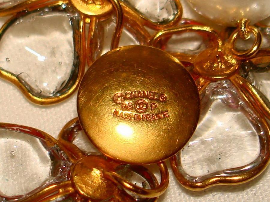 Chanel 96p Gripoix Glass Camellia Pendant Faux Pearl Choker image 8