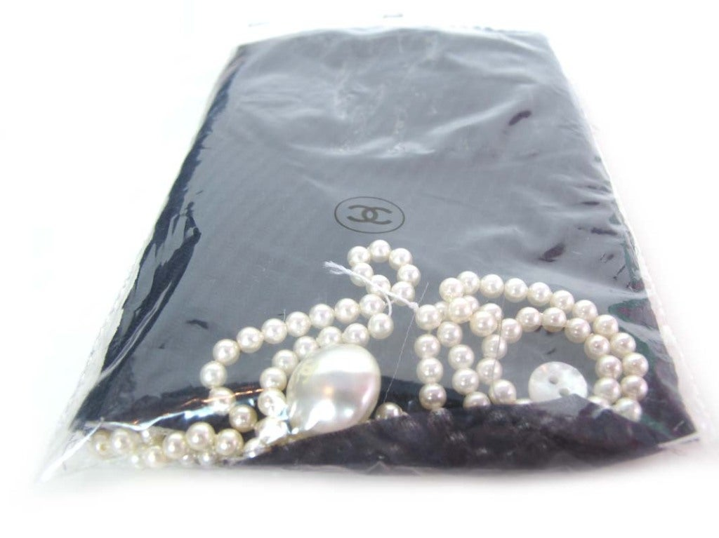 CHANEL Navy Sleeveless Dress With Pearls 8