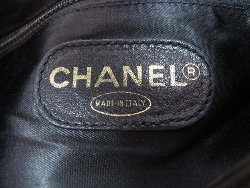 CHANEL Black Leather Backpack With Gold Hardware image 7
