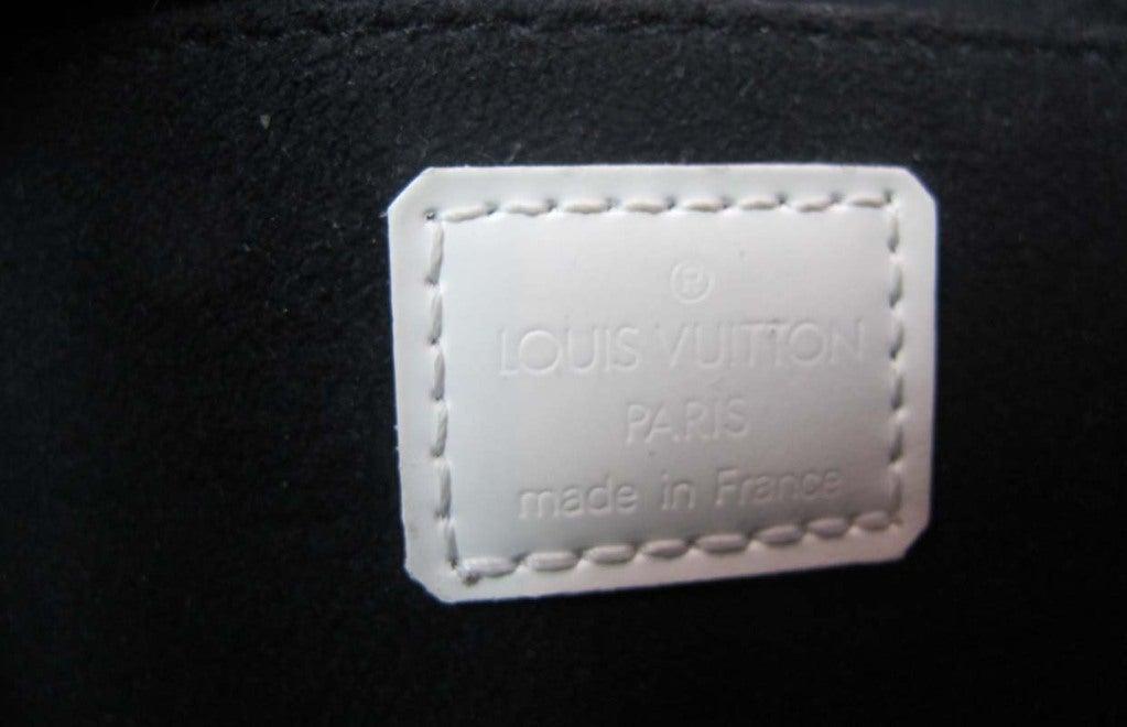"""LOUIS VUITTON Black/White Canvas Long """"ALMA"""" Bag 7"""