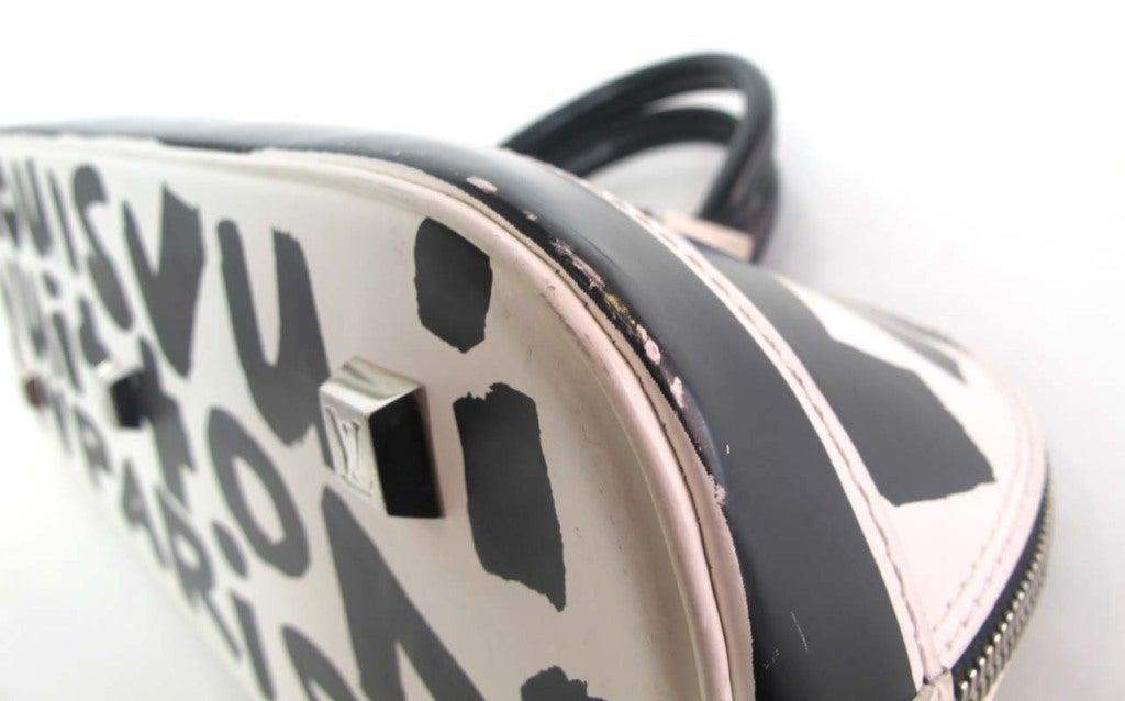 """LOUIS VUITTON Black/White Canvas Long """"ALMA"""" Bag 6"""
