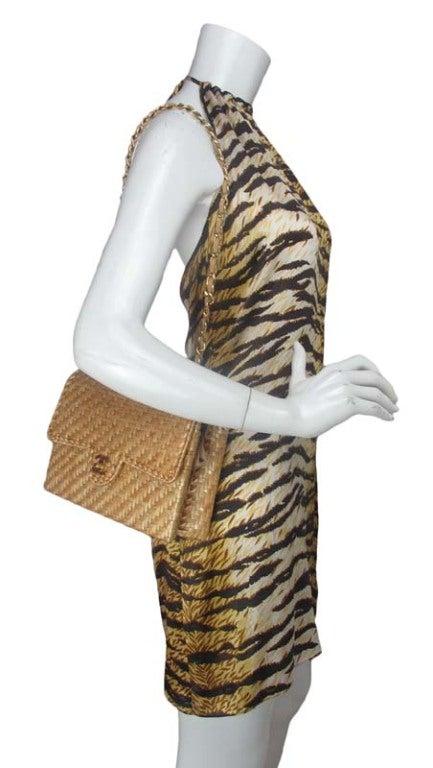CHANEL Beige Woven Raffia Shoulder Bag 10