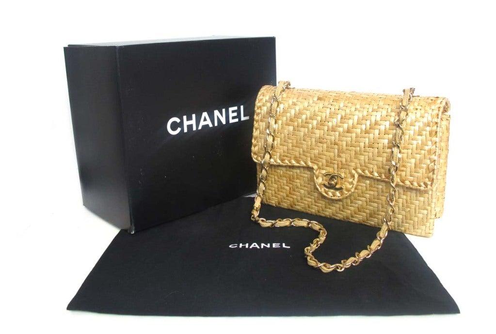CHANEL Beige Woven Raffia Shoulder Bag 2