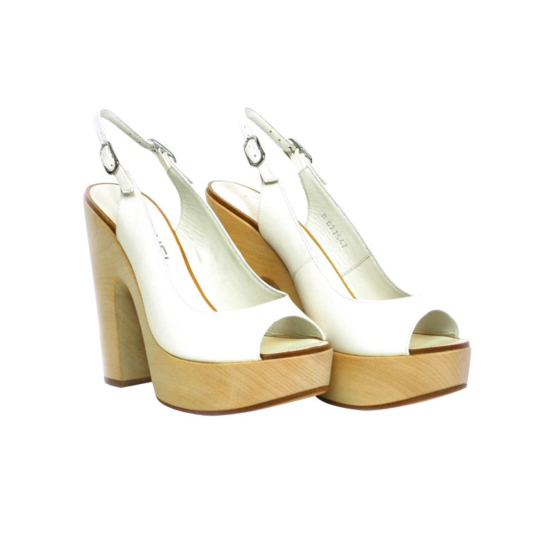 CHANEL White Leather Sling Back With Wooded Heel 1