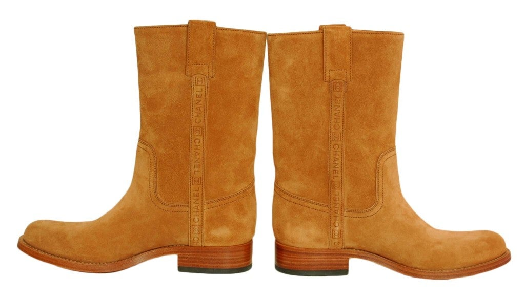77bde05aa46 CHANEL Camel Suede Boots