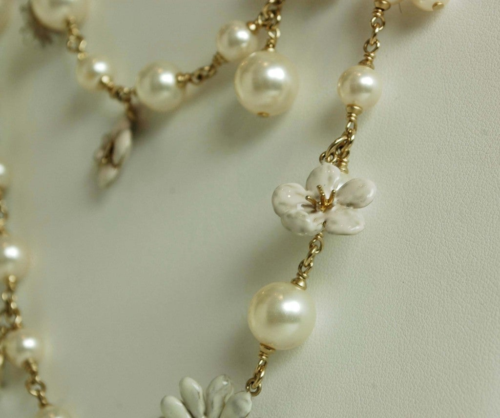 CHANEL Pearl Necklace with Pink Camellia Flowers image 4