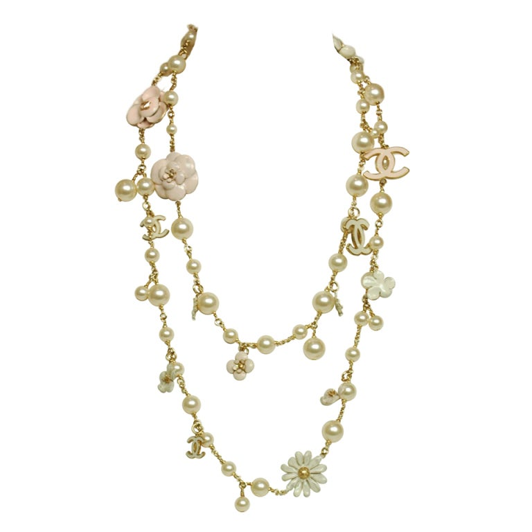 CHANEL Pearl Necklace with Pink Camellia Flowers