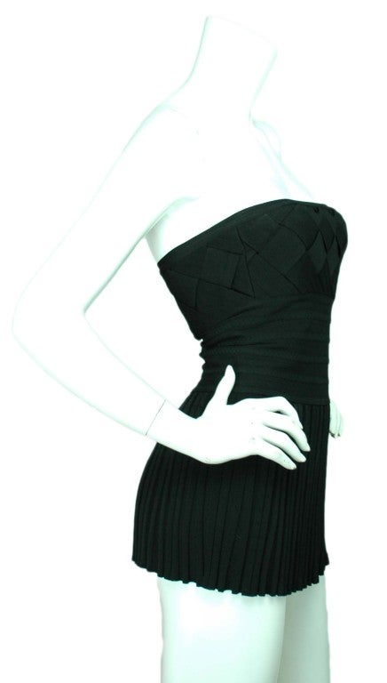 CHANEL Black Strapless Top with Airplane Emblem - Size 6 3