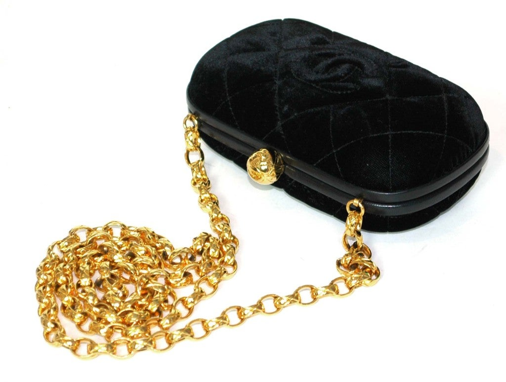 Women's CHANEL Black Velvet Clutch with Chain For Sale
