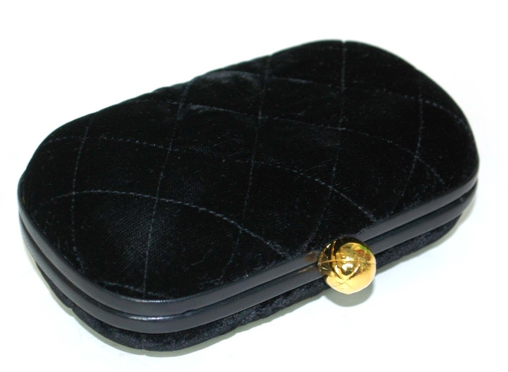 CHANEL Black Velvet Clutch with Chain For Sale 1