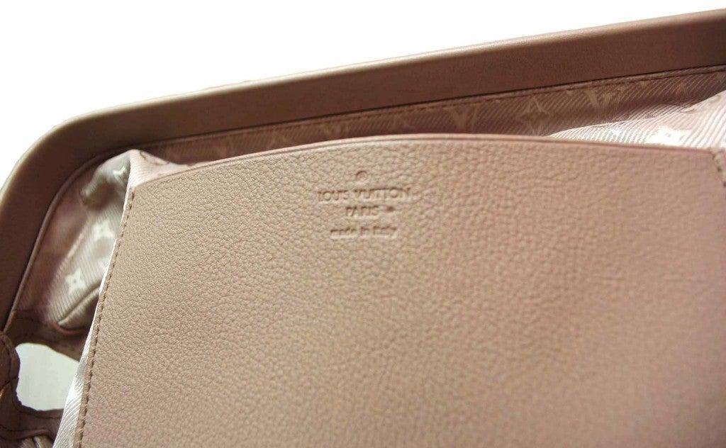 """LOUIS VUITTON Lavender Leather LTD Edition """"Cinema Intrigue"""" Bag 8"""