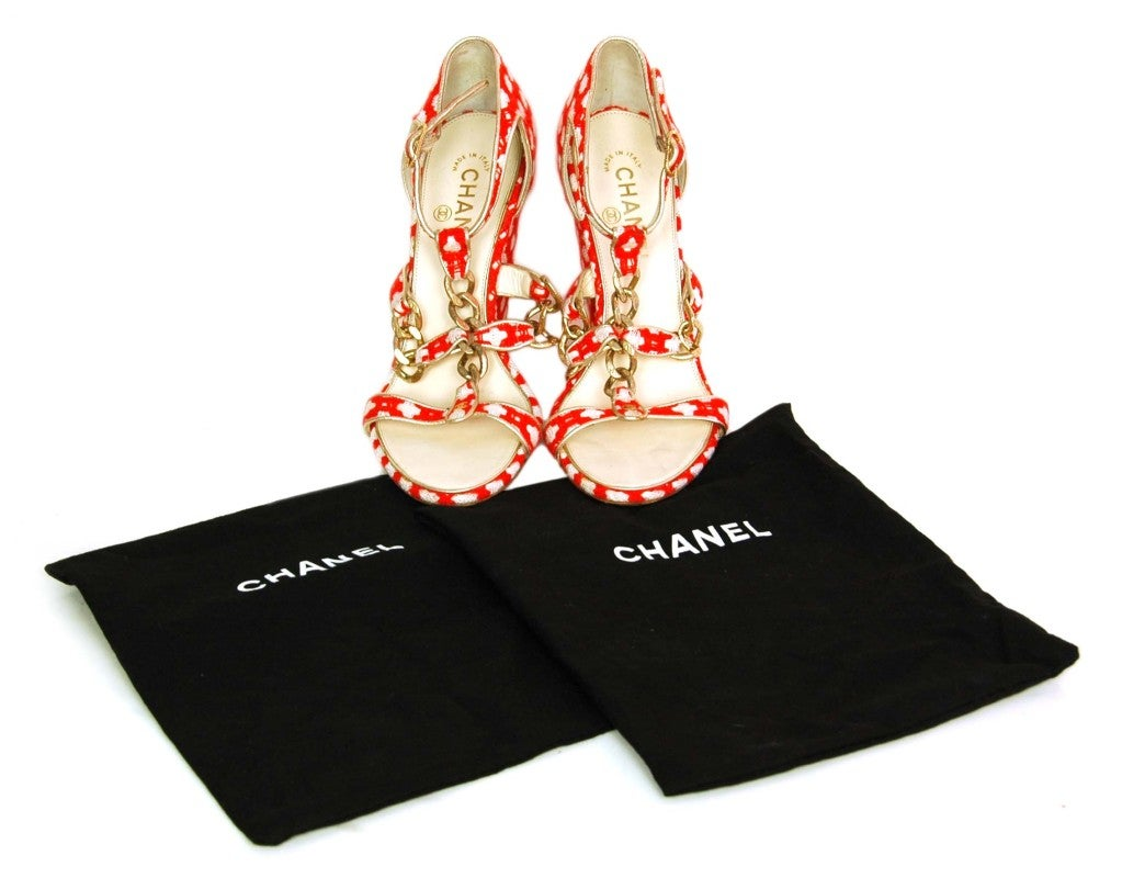 CHANEL Red Tweed Shoes with Chain Detail & Stacked Heel 4
