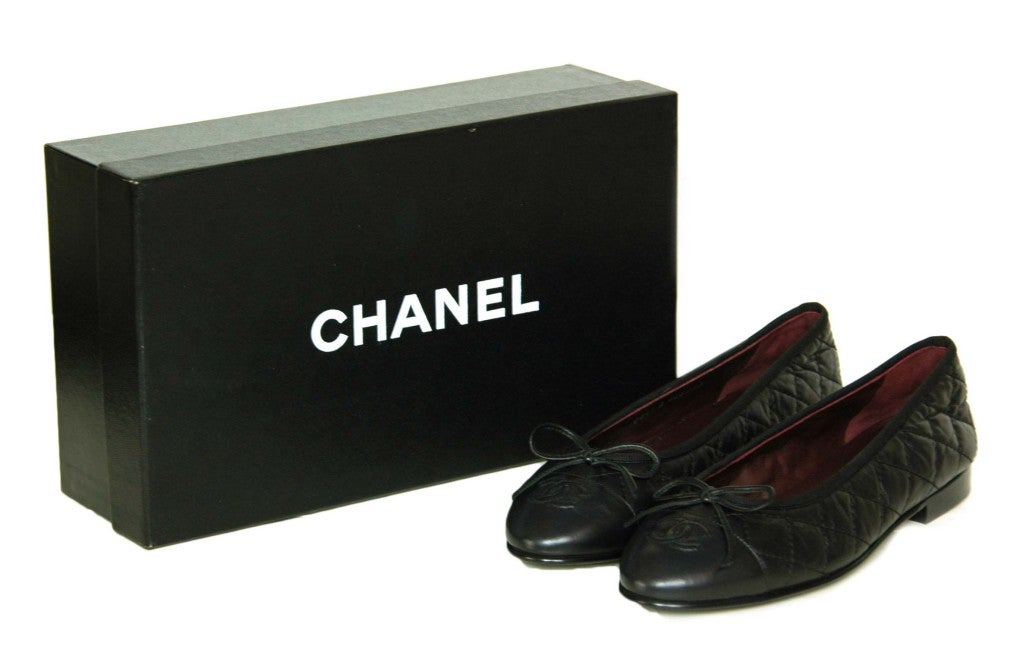 d5d7852f3e ... Chanel Black Patent Perforated Flats With Gold Bow At 1stdibs: CHANEL  Black Quilted Leather Flats ...