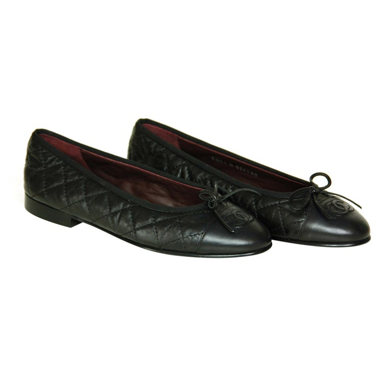 chanel black quilted leather flats with cc toes at 1stdibs