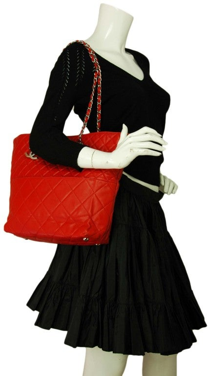 CHANEL Red Quilted Leather Tote with Chain Handle 8