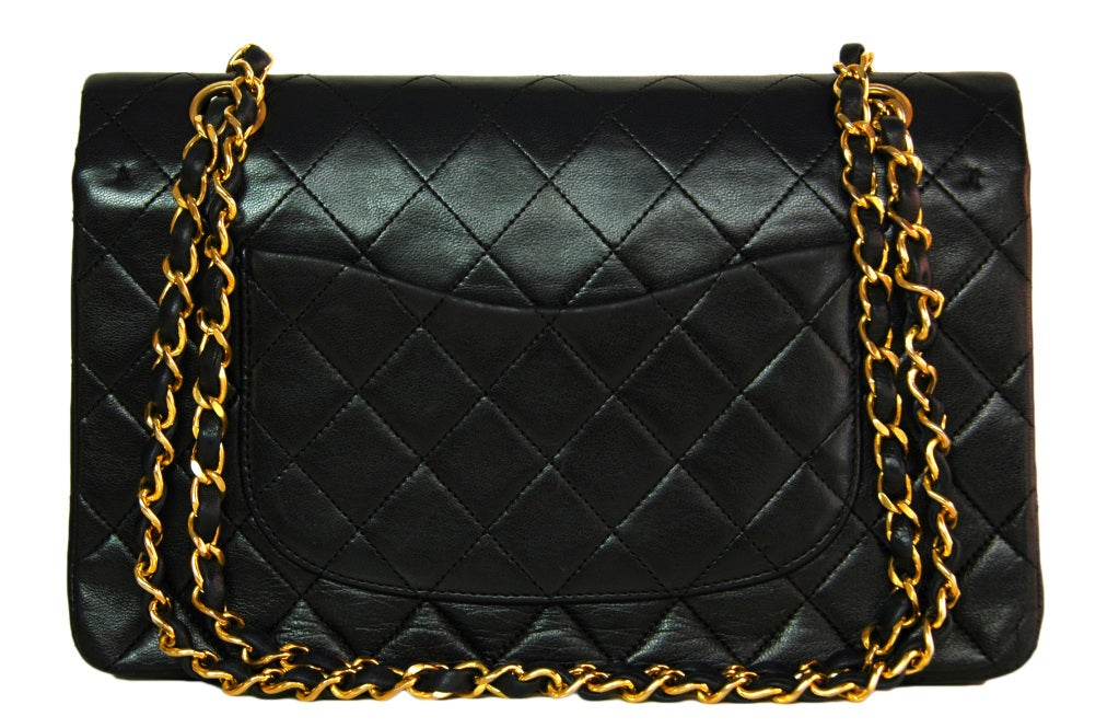 CHANEL Black Quilted Leather Vintage Classic Bag 3