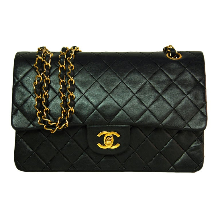 CHANEL Black Quilted Leather Vintage Classic Bag 1