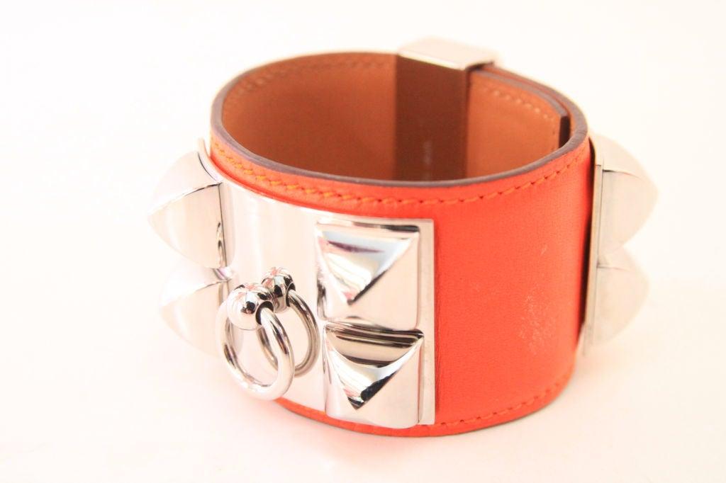 hermes orange collier de chien at 1stdibs. Black Bedroom Furniture Sets. Home Design Ideas