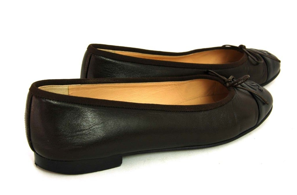 CHANEL Brown/Black Leather Ballet Flat Shoes - Size Euro 38/US 8 image 3