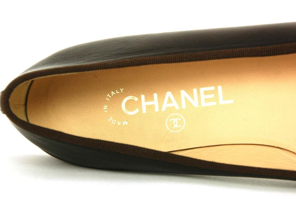 CHANEL Brown/Black Leather Ballet Flat Shoes - Size Euro 38/US 8 image 5