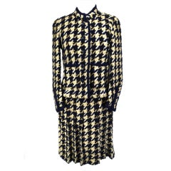 Chanel 70's Navy and Beige Wool Houndstooth Three Piece Suit