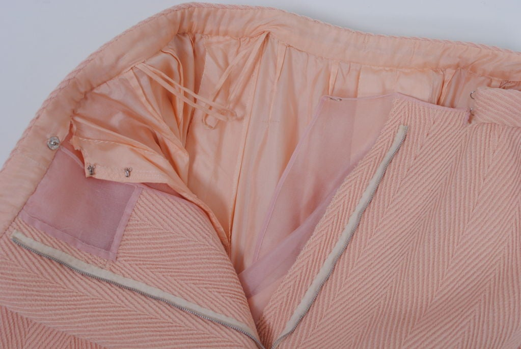 Women's Pink Wool 1960s Suit, Unlabeled Dior For Sale