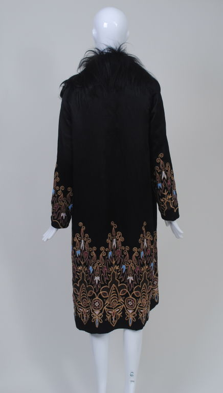 EMBROIDERED BLACK SILK 1920s COAT WITH FUR COLLAR image 3