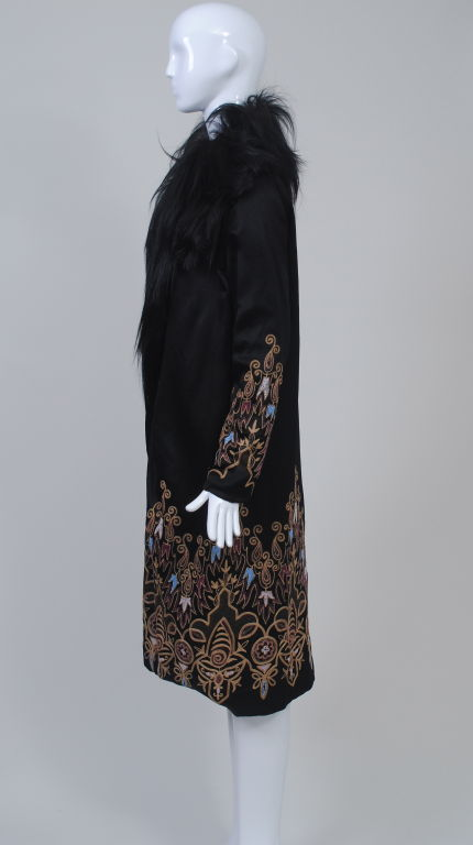 EMBROIDERED BLACK SILK 1920s COAT WITH FUR COLLAR image 4