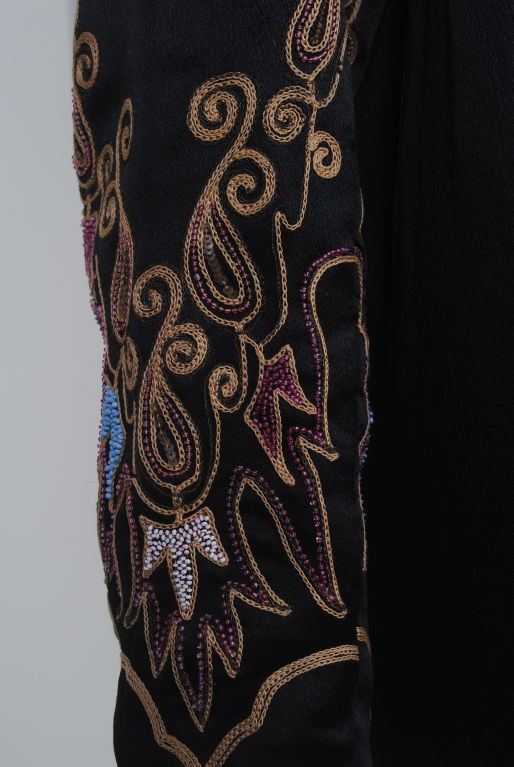 EMBROIDERED BLACK SILK 1920s COAT WITH FUR COLLAR image 6