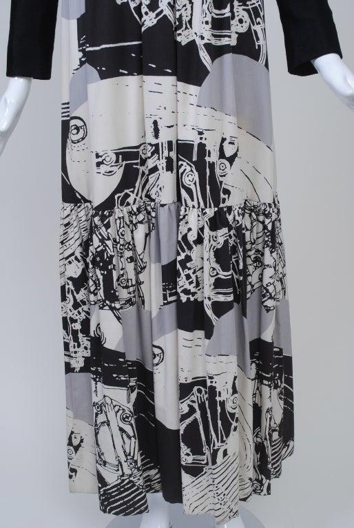 1970s Oscar de la Renta Black/Abstract Print Maxi Dress For Sale 2